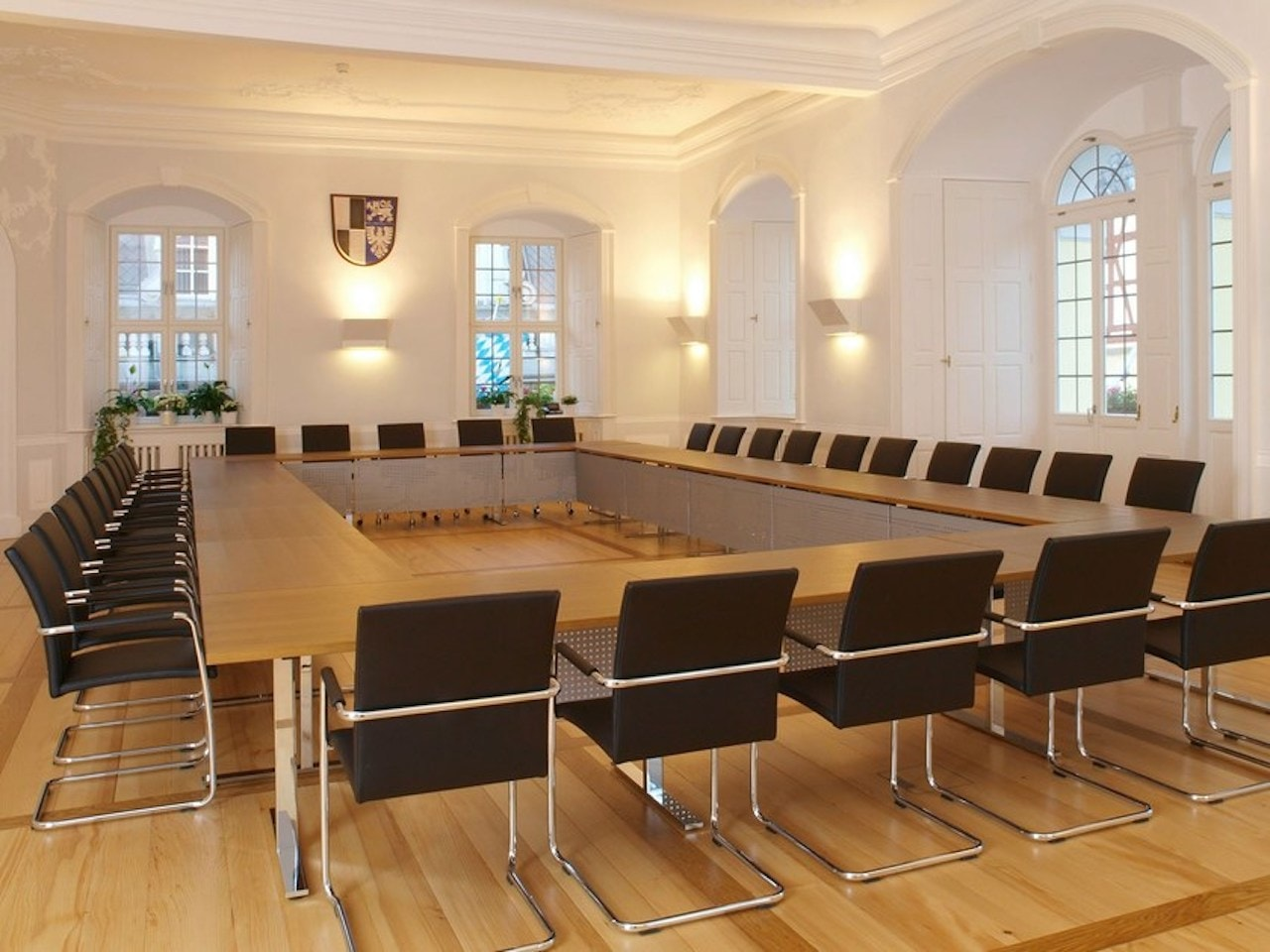 b_intra-rectangular-conference-table-spiegels-173923-rel4900ff6c