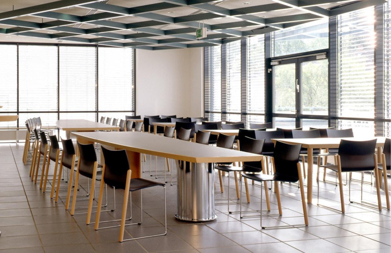 csm_froescher-Bildungszentrum-Baunatal-Referenz-Stuhl-pegas-05_a19f411bbd